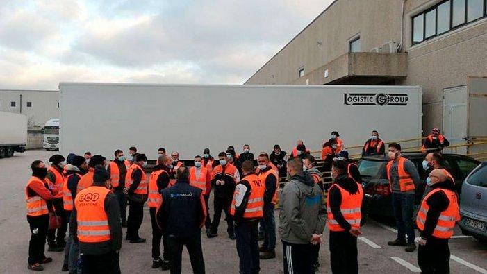 TEXTES CRITIQUES dans la conjoncture pandémique Trabajadores-Italia